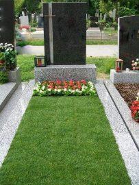 Grabpflege Wien - Grabbetreuung Rasengrab